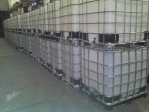 tambos-de-lamina-y-plastico-contenedores-de-1000-lts-7939-MLM5303506169_102013-F[1]
